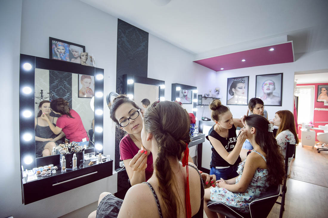 Joanna Solar make-up